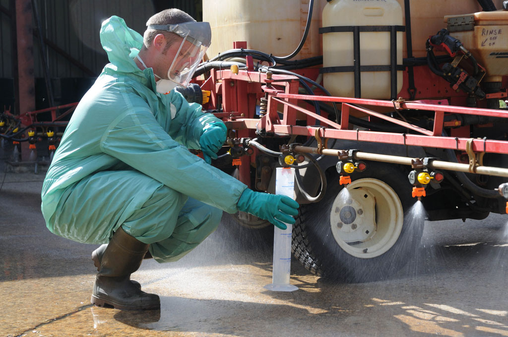 Sprayer set-up - Nozzle check and calibration