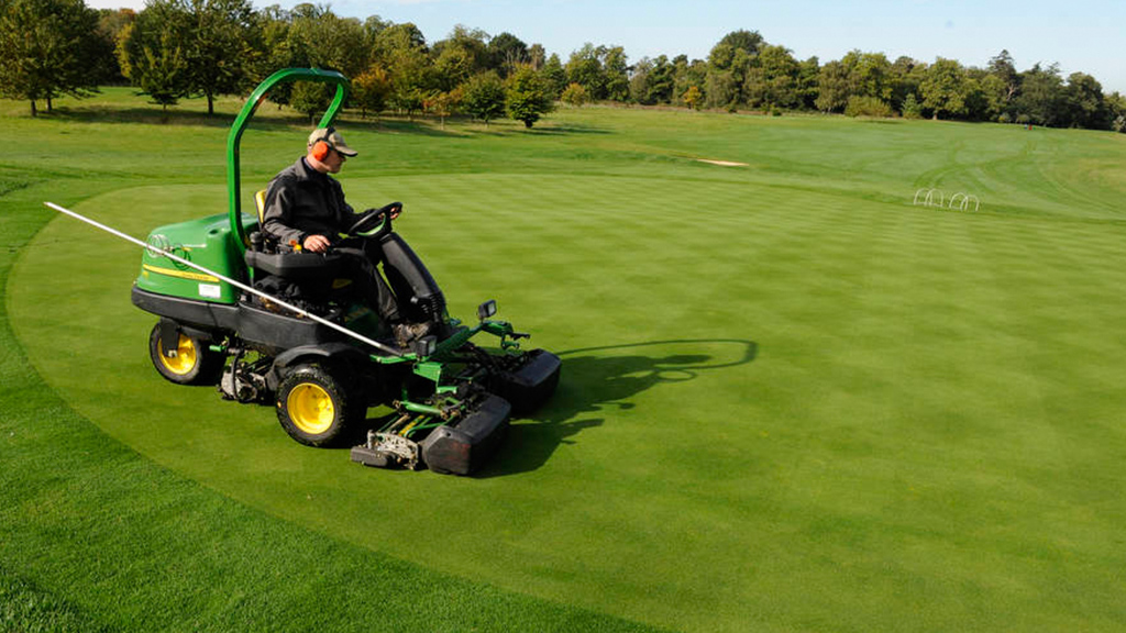 Mowing greens