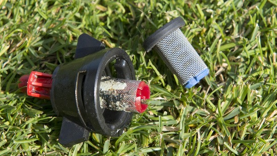 Sprayer set-up - Clean nozzle filters
