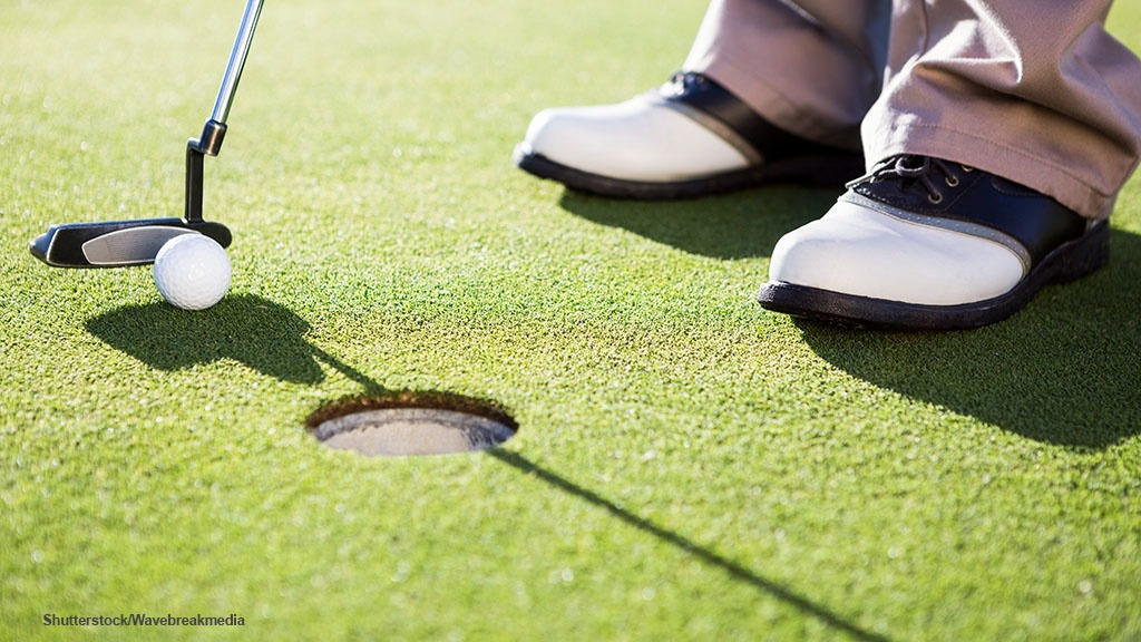 Player wear on greens