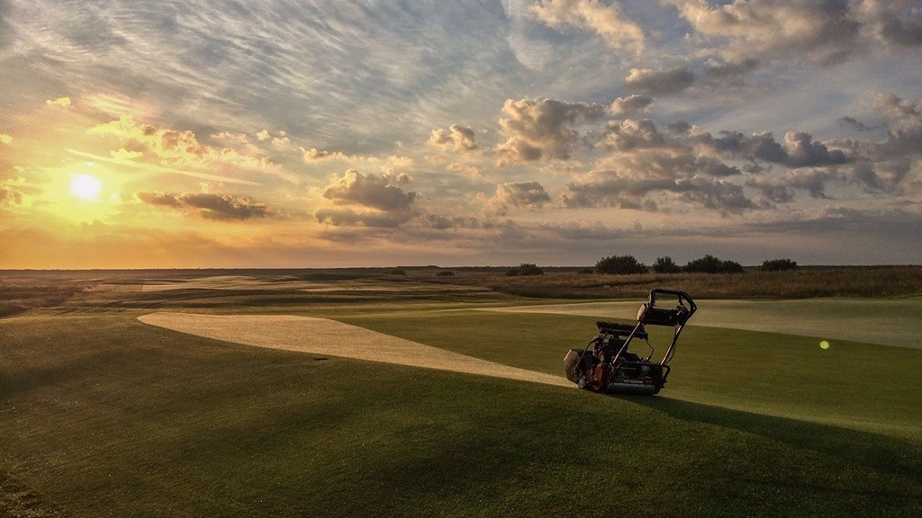 Greenkeepers operate without adequate mental health support